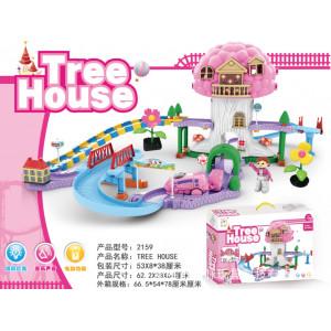 Casa de árbol con pista y tren. Luz y sonido