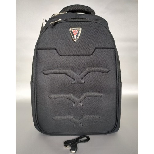 Mochila Backpack grande con entrada USB
